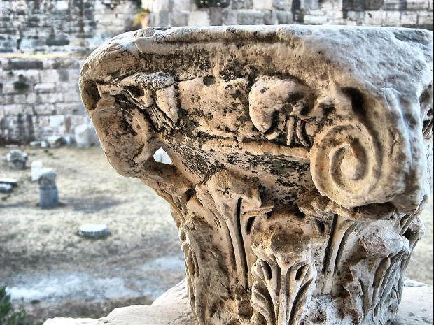 Kos,_Greece_ancient_column_capital